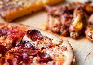 make good restaurant pizza